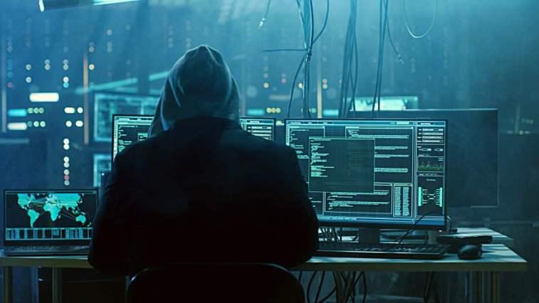 Ünlü yazılım şirketi Microsoft'un çok büyük bir siber saldırıya maruz kaldığı ve yaklaşık 60 binden fazla insanın hacklendiği ortaya çıktı.