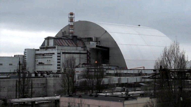 35 yıl önce patlayan ve tarihe en kötü nükleer kaza olarak geçen Çernobil Nükleer Santrali'nde son zamanlarda yeni bir nükleer aktivite keşfedildi. Daha önce santralin bazı bölgelerine ulaşan yağmur sularından kaynaklandığı düşünülen aktivitenin henüz bir tehlike sunmadığı açıklandı.