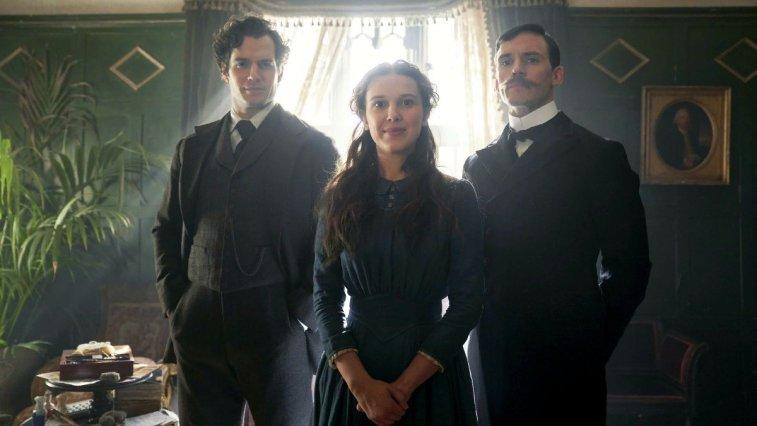 Sherlock Holmes'ün kız kardeşi Enola Holmes'e odaklanan Netflix filmi Eno Holmes'ün devam filmi duyuruldu. Başrollerde yine Henry Cavill ve Millie Bobby Brown bulunuyor.