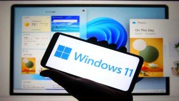 Merakla beklenen Windows 11'in geliştirici sürümünün çıkışının ardından Windows 11, farklı cihazlarda çalıştırılmaya ve test edilmeye başlandı.