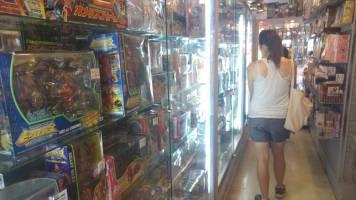 Linda card shopping