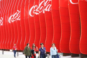 Racism, Coca Cola stops advertising on Facebook