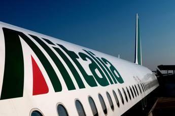 Alitalia, cassa integrazione per 6622 dipendenti
