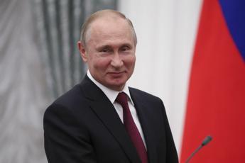 Putin si congratula con Biden: Pronto a collaborare