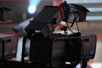 Cinema e tv tornano sul set, firmato protocollo