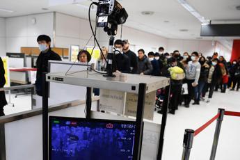 Virus Cina, volo da Wuhan: scanner e controlli a Fiumicino