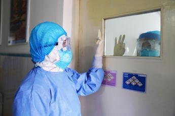 Coronavirus, più vittime della Sars