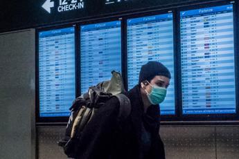Virus, rientrati ultimi 87 studenti da Cina