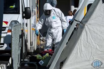Coronavirus, in Francia volano i contagi
