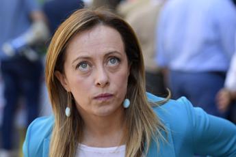 Meloni: Parlamentari non sono spettatori del reality show di Conte