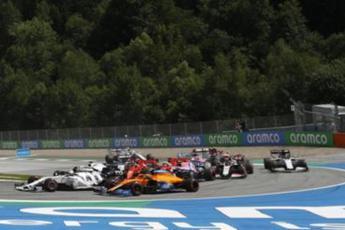 GP Styria, Ferrari mess: Hamilton triumphs