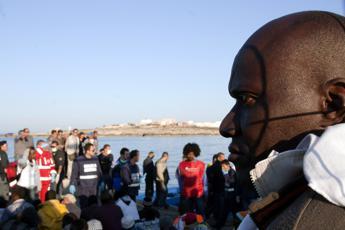 Migranti, sindaco Lampedusa: In pochi giorni oltre 5.500 arrivi, è emergenza