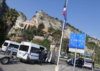 Migranti, Darmanin: Pattuglie polizia Italia-Francia alla frontiera