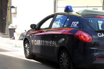 Torino, 17enne tenta di violentare e strangolare donna di 50 anni