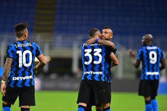 Alla Fiorentina non basta super Ribery, Inter vince 4-3