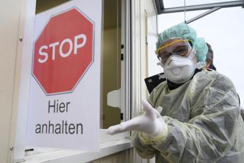 Covid Germania, 23.648 nuovi casi e 260 morti