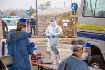 Coronavirus Piemonte, 2896 contagi e 77 morti
