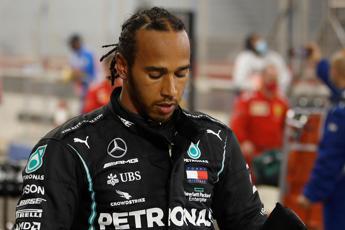 Lewis Hamilton positivo al covid