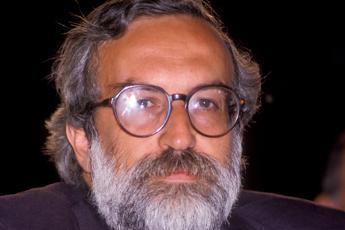 Morto Enrico Ferri, il 'ministro dei 110 all'ora' aveva 78 anni