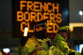 Variante Covid: da Francia, Belgio e Olanda riapertura confini con Gb