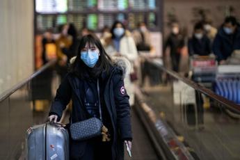 Virus, resta stop voli Italia-Cina
