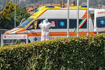 Coronavirus, Speranza: Crisi non è superata, massimo rigore