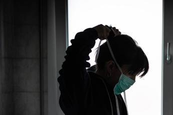 Coronavirus, Inail: Sempre più casi sul lavoro con esito mortale