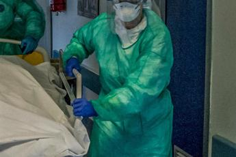 Covid Italia, 205 i medici morti