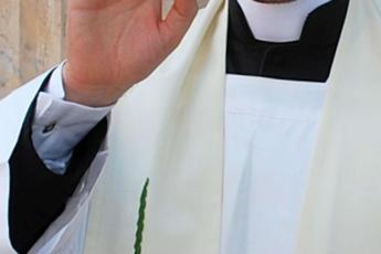 Covid, il parroco ai fedeli: Domenica prossima diremo messa? Il problema esiste
