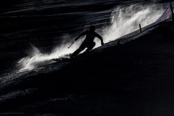 Muore 17enne campione di sci