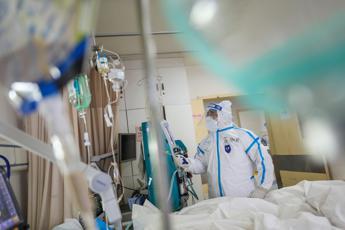 Coronavirus, in Cina 3.070 vittime: guarigioni al 70%