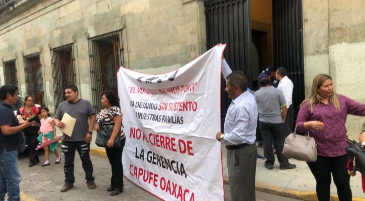 Trabajadores de Capufe exigen intervención del gobierno estatal ante próximos despidos (21:45 h)