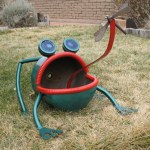 yard art, metal frog