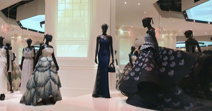 Arts Culture V A Opens Largest Fashion Exhibition Of Christian Dior In Uk With Designer Of Dreams Tracing Back To The 20th Century Styles That Influenced The Dior Fashion Legacy Adobo