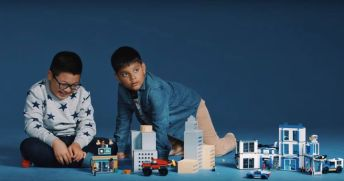 LEGO_police-insert2