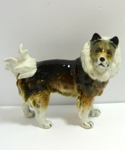 Karl Ens Keeshond Wolfsspitz Dog side- Dog's Tale Collectibles