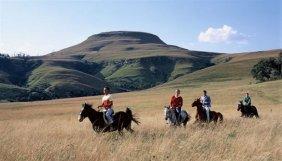 145_1-passeggiata-a-cavallo_big