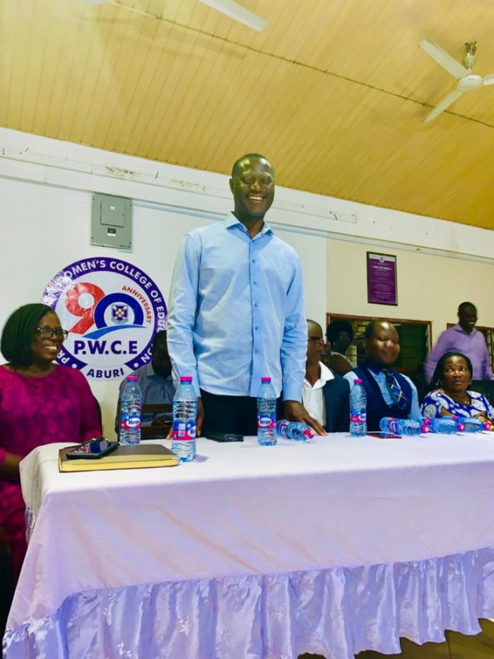 NPP donates GHC20,000.00 to student diagnosed with severe brain tumour 2