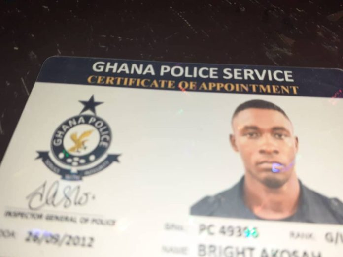 Policeman, one other arrested for robbery 1