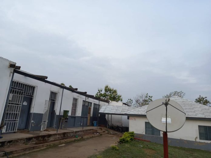 Kumawu Polyclinic suspends some services after storm rips off roof [Photos] 20