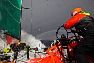 Course au Large VO70 Volvo Ocean Race 2011-12 Yann Riou Groupama70 07v0sd