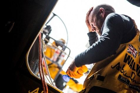 2014-15, Abu Dhabi Ocean Racing, Leg7, VOR, Volvo Ocean Race, onboard, sun protection, Ian Walker, hatch