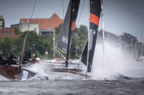 Bullit Cowes Cup 2015, Bullitt, Cowes, GC32, Team ENGIE, foiling
