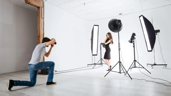 Continuous or Strobe Lighting?   Expert photography blogs ...