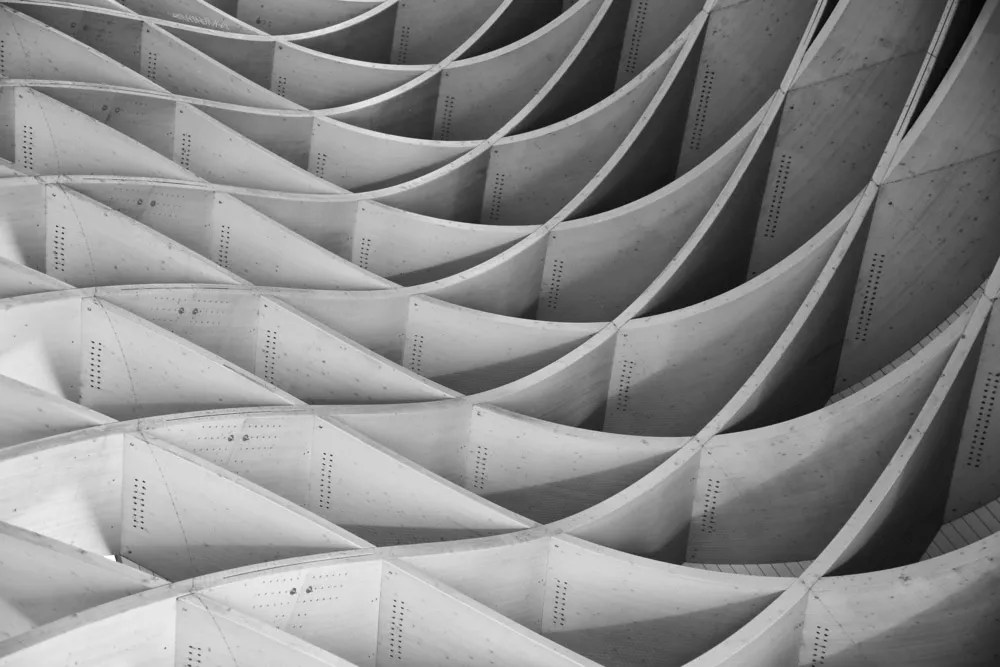 Abstract Photography for Beginners  9 Tips for Capturing Stunning     Monochromatic abstract photo with curvy line patterns