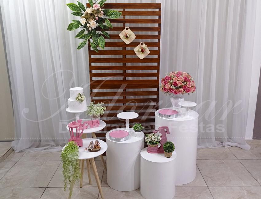 Decoração Chá de Cozinha Mesas Cilindros Com Painel de Pallet