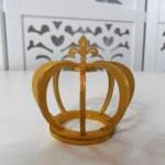 Locação de Mini Coroa Dourada de Mesa em Provençal