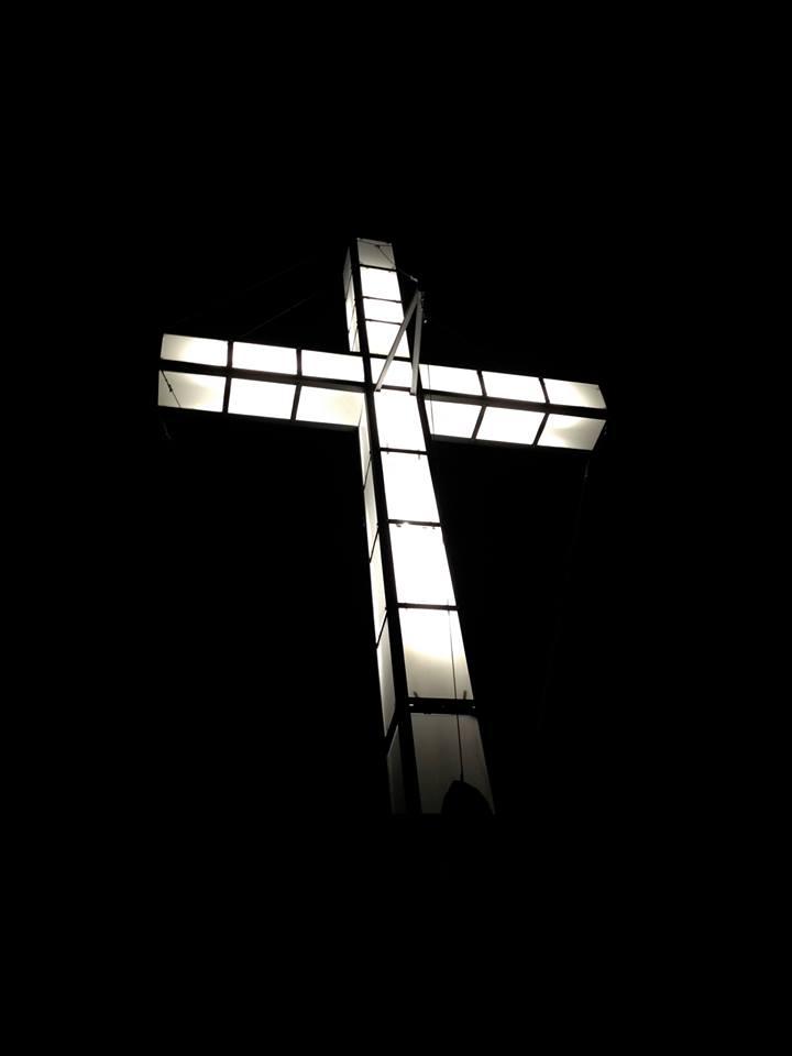La Croce in Perspex sul Monte Poncione