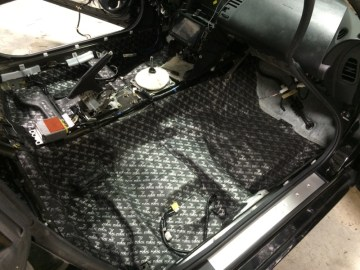 Greensboro Client Gets Sound Deadening And 350Z Radio Upgrade