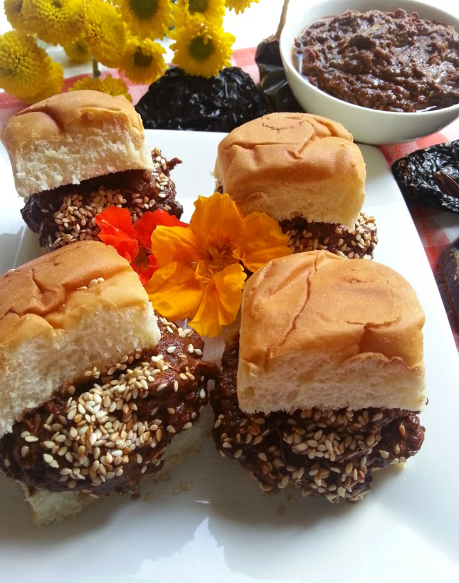 Chicken Mole Sliders a Recipe I am Pupule About! #ABRecipes